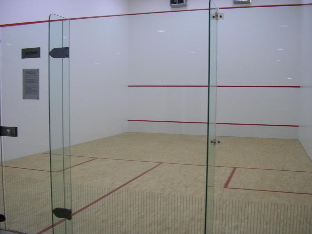 squash-court-1.jpg
